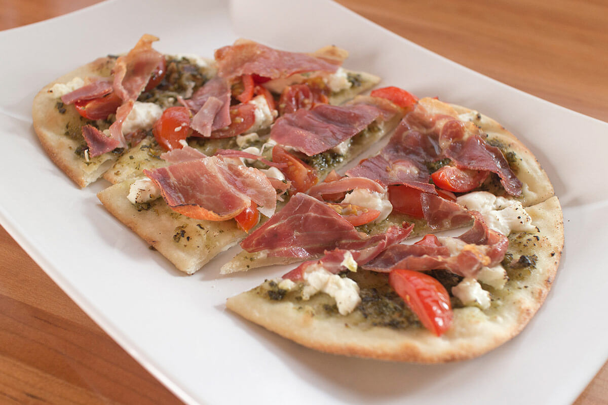 Flatbread Pizza, Goat Cheese & Prosciutto
